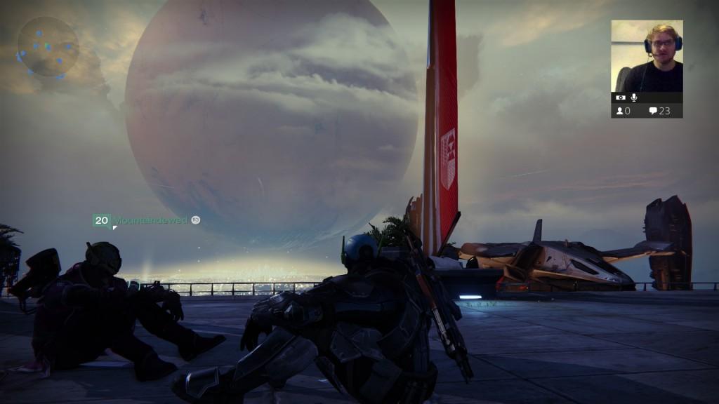 Larsen og jeg tar det kuli etter en full dag i Destiny!