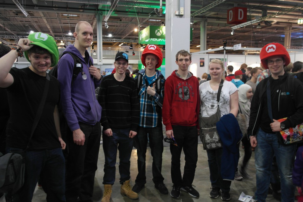 Spekkhogger'n til venstre, Aleks, Martin, Larsen, Stig, Line og Sebbe.