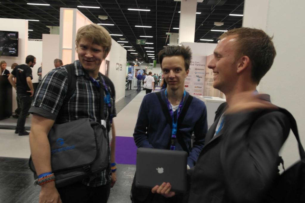 Meg, Per og Petter på Gamescom. Et av det få bildene som dukket opp av meg!